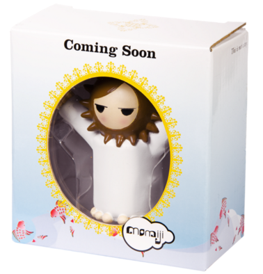 Coming Soon figure by Camila De Gregorio, produced by Momiji. Packaging.